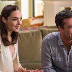 Review – Keeping Up With the Joneses (2016)